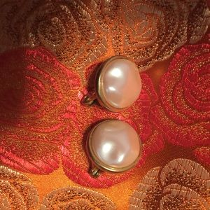 Vintage Monet Pearl and Gold Clip Earrings